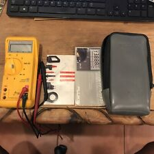 Fluke 23 Series Ii Multimeter With Leads And Case