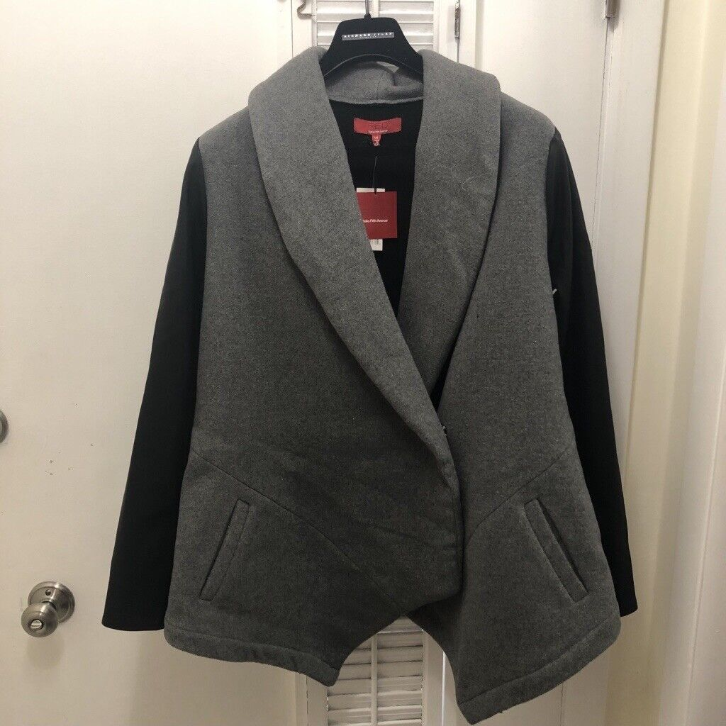 Saks Fifth Avenue RED Brand Grey Wool Coat Size Large