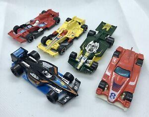 Hot-Wheels-Paquete-de-coche-de-carreras-de-formula-5-vehiculos
