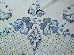Amazing-Fine-Blue-Rose-Embroidered-amp-Cutwork-White-Madeira-Linen-Tablecloth-48-034