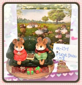 Wee-Forest-Folk-M-134-First-Date-Christmas-Couch-Sofa-Limited-Special-WFF
