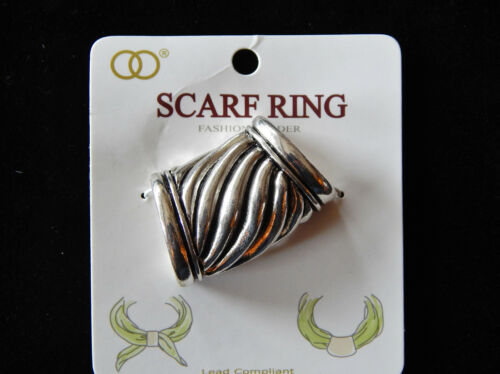 NWT WOMEN/'S SILVER /& BLACK FASHION SCARF RING//SLIDER W//BLOCK CABLE DESIGN