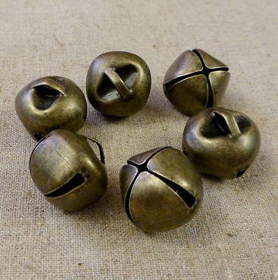 10pcs - Big 20 mm bronze jingle bells Charm Christmas Pendant