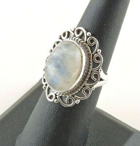 Sterling-Silver-14-ct-Oval-Moonstone-Ring