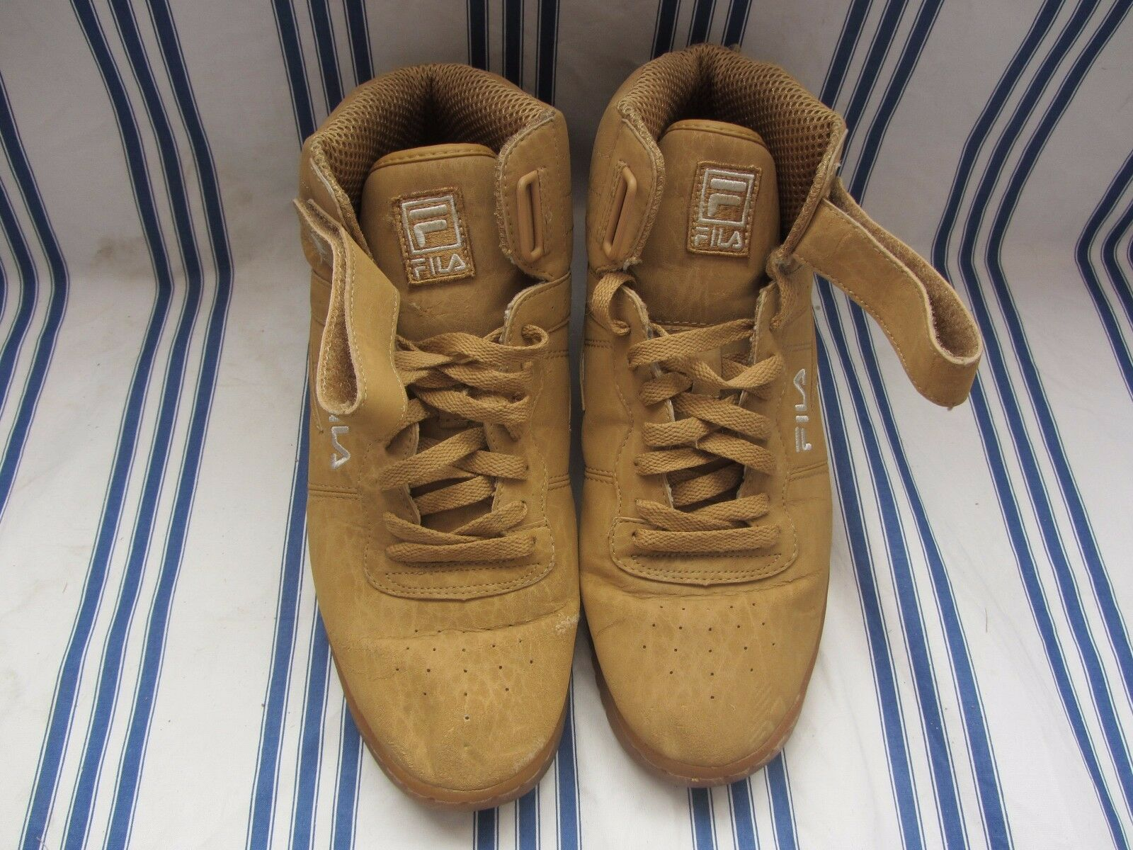 Fila  Mid High Top boots shoes  Size 10 1 2