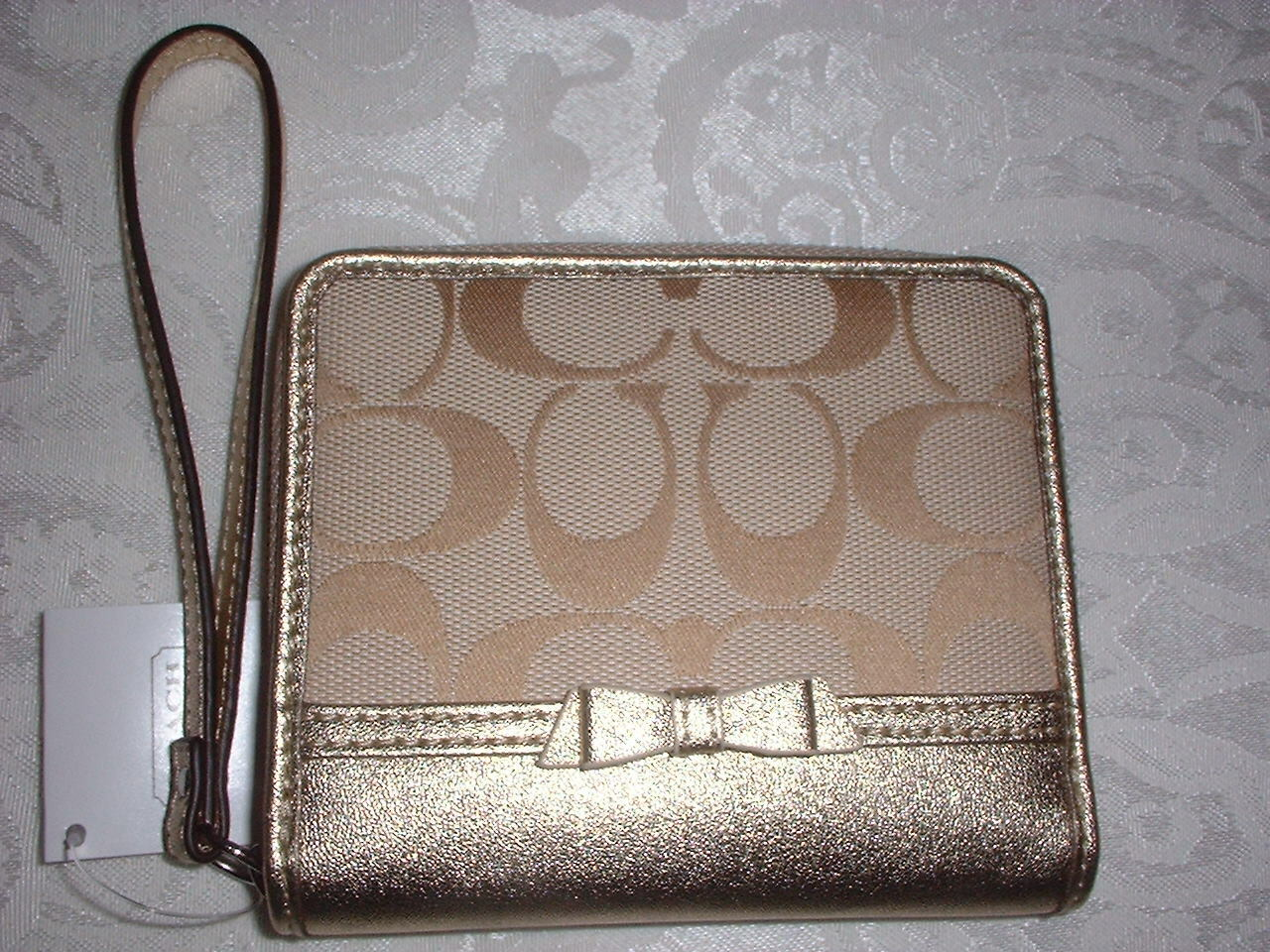 NWT Coach Signature Bow Medium Zip Around Wallet Wristlet Khaki Gold 48800