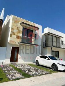 Casa de 3 hab. + Roof Garden en Cumbres de Juriquilla