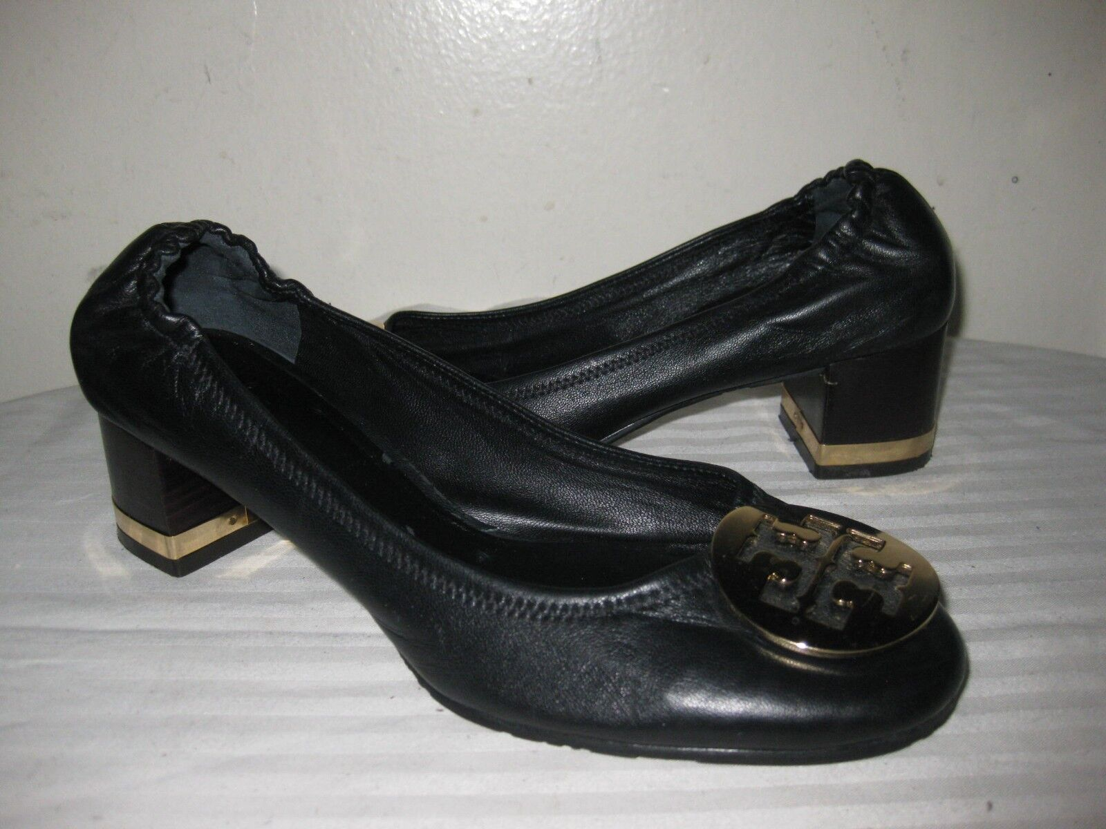 Tory Burch Leather Black Pump gold Logo Heel shoes Women Size 6.5 M