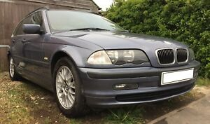 BMW-320i-Touring-E46-6-cylinder-Engine-Leather-Interior