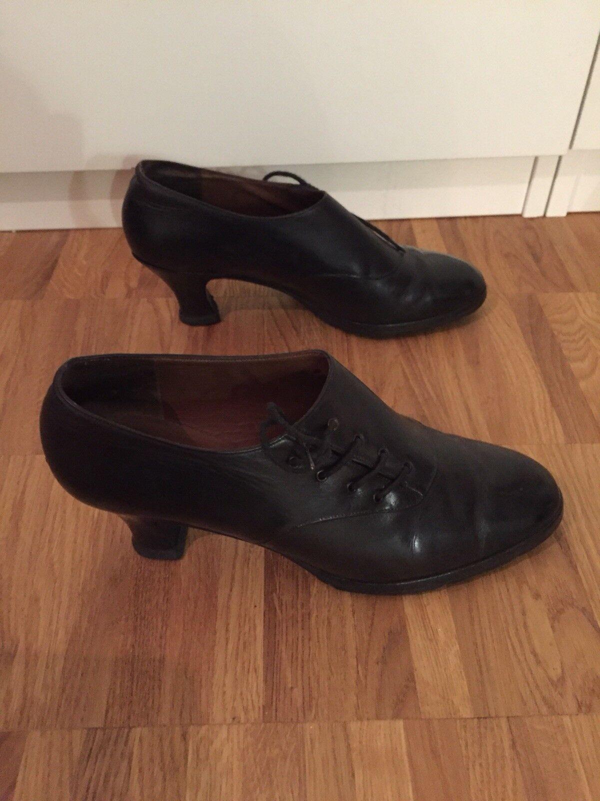 BALLY Schuhe Seitliche Schnürer mit Absatz Seitliche Schuhe Schnürung Größe 39 21a632