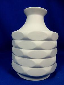 Well-shaped-70-s-Pop-Art-Design-Winterling-Relief-Bisquit-Porzellan-Vase-20-cm