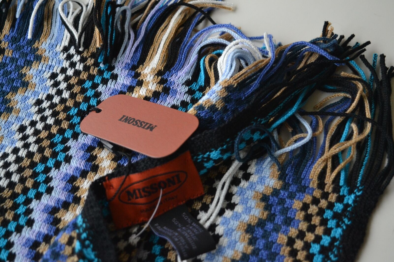 NEW  AUTHENTC MISSONI WOOL MIX  FRINGE SCARF   WRAP  MADE IN ITALY Womens gift