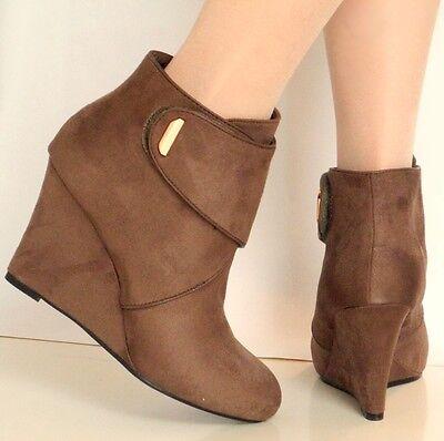 Nuevo Para Mujer Damas De Gamuza Mid Alto tacón de cuña de Chelsea Tobillo Zapatos Botas Talla
