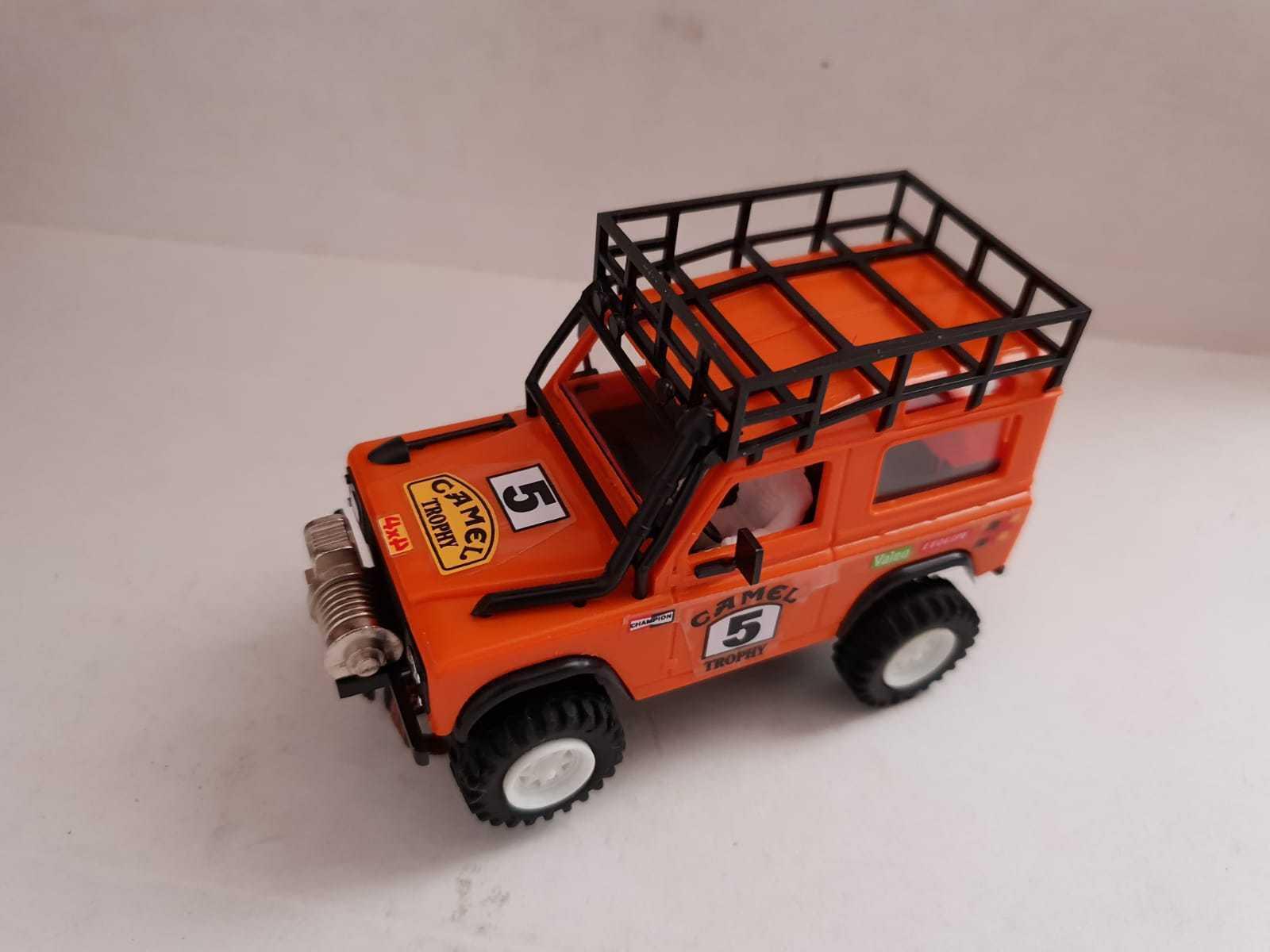 Scalextric Land Rover Sts orange