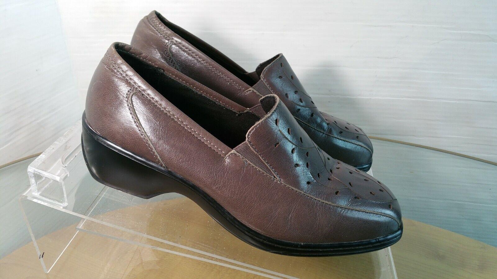 ARAVON Kiley Women's Slip On Loafers shoes Leather  Size 8 D
