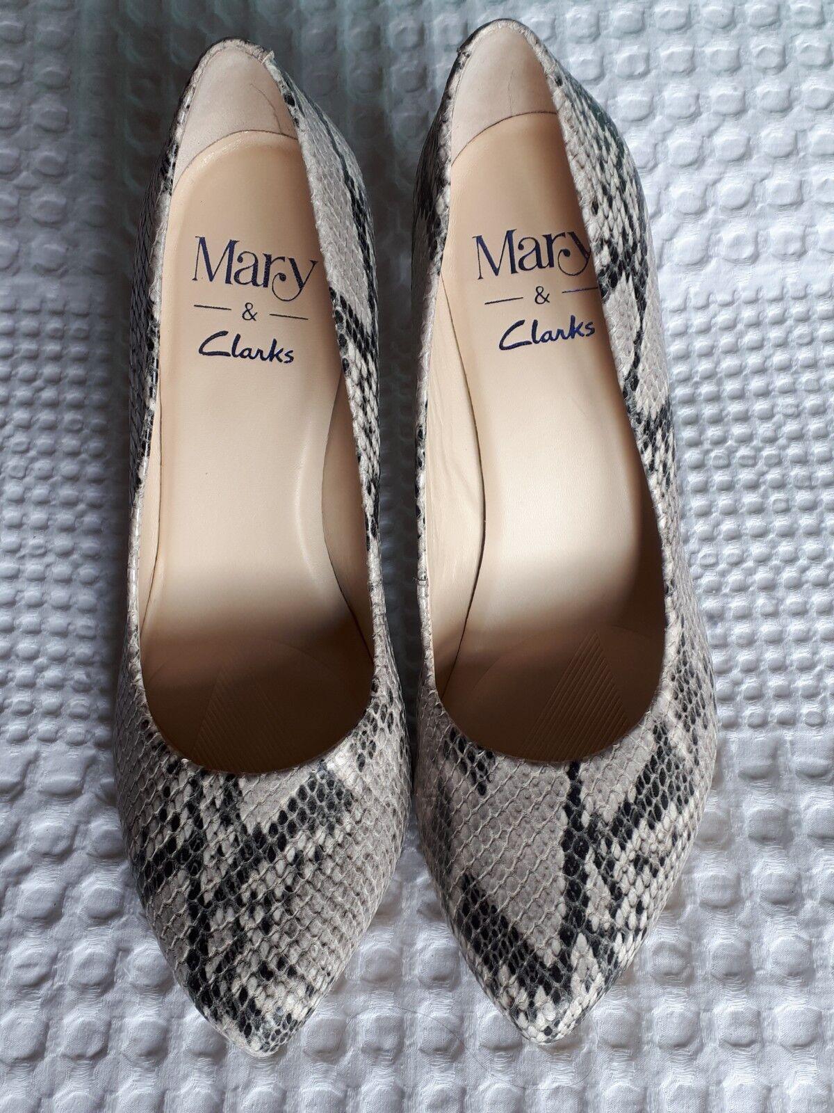 Magnifique Cuir Peau De Serpent Chaussures par Mary pour Clarks Taille 5 entièrement neuf sans étiquette