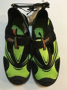 2 Nwt Youth Water Shoes Green Black Boys 13 12 1 3 Girls NERF CUTE Sz 11