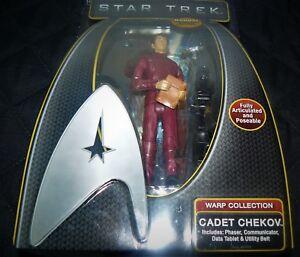 STAR-TREK-Warp-Collection-Figure-Cadet-Chekov-6-034-2009-Playmates-NEW-IN-BOX
