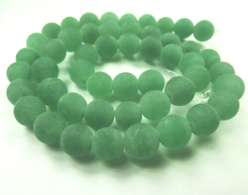 Jade 8mm vert mat 1 brin perles balles environ