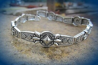 Dekoratives Halsband Ethno Indianer Azteken Stil