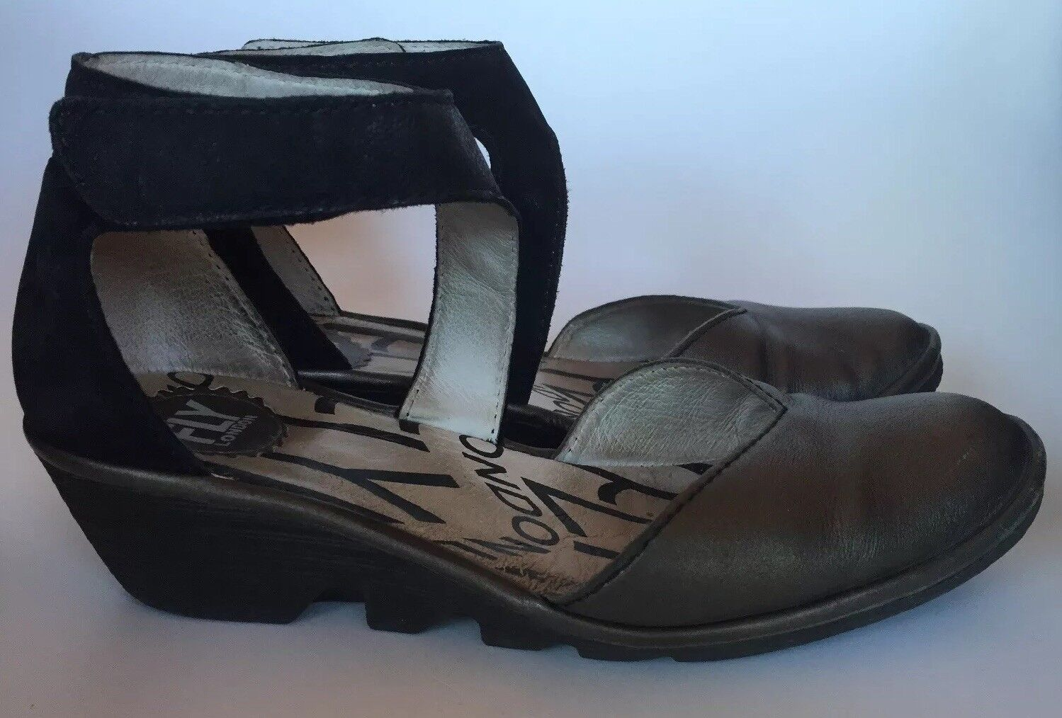 FLY LONDON Piat Black Suede Ankle Strap Low Wedge Mary Jane shoes 38 US Sz 7-7.5