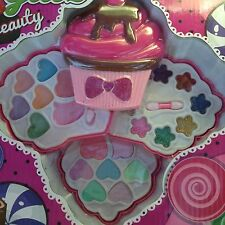 Sweet Glitz CUP CAKE Make-Up PALETTE Beauty Kit Made Just For Kids 3+