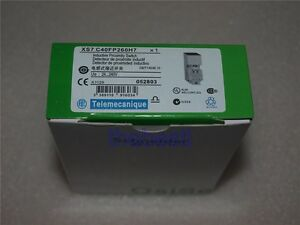 1 PC New Schneider Telemecanique Proximity Switch XS7C40FP260H7 In Box