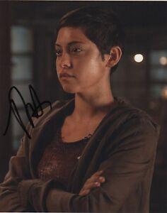 Rosa-Salazar-Maze-Runner-Autographed-Signed-8x10-Photo-COA-J2