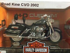 Harley-Davidson-Roadking-CVO-FLHRSEI-custom-2002-Noir-argent-Maisto-1-18-Neuf