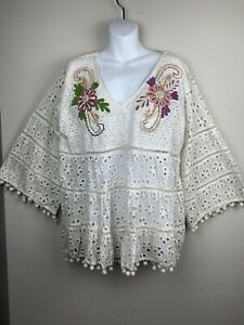 Boho-1XL-NWT-Embroidered-Floral-Ivory-Eyelet-Top-Peasant-Bell-Sleeve-VELZERA