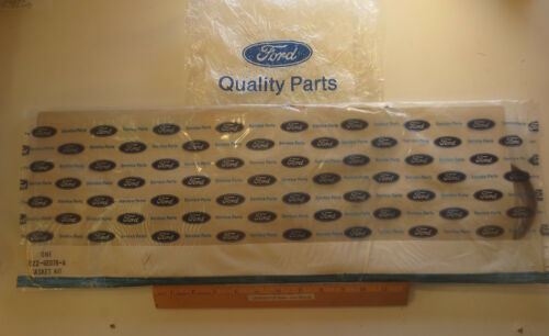 """T-BIRD /""""GASKET KIT/"""" LOWER 4CYL 2.3L NOS UNOPENED FORD 1982//1986 MUSTANG /& CAPRI"""