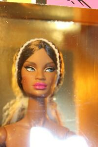 Integrity Miss Behave Style Lab JANAY Doll w/Extra Hands