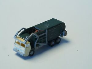 Hand-built-Z-scale-GARBAGE-TRUCK-WITH-DETAILS