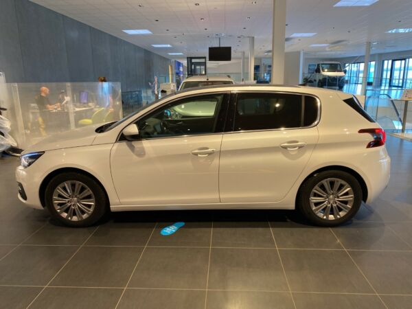 Peugeot 308 1,5 BlueHDi 130 Selection Sky - billede 1