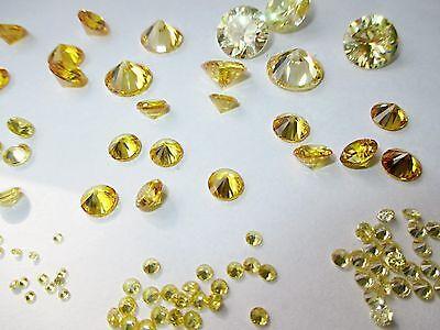 10 CZ Olivgrün  2,5 mmØ Cubic Zirkonia Brillantschliff synthetischer Edelstein.