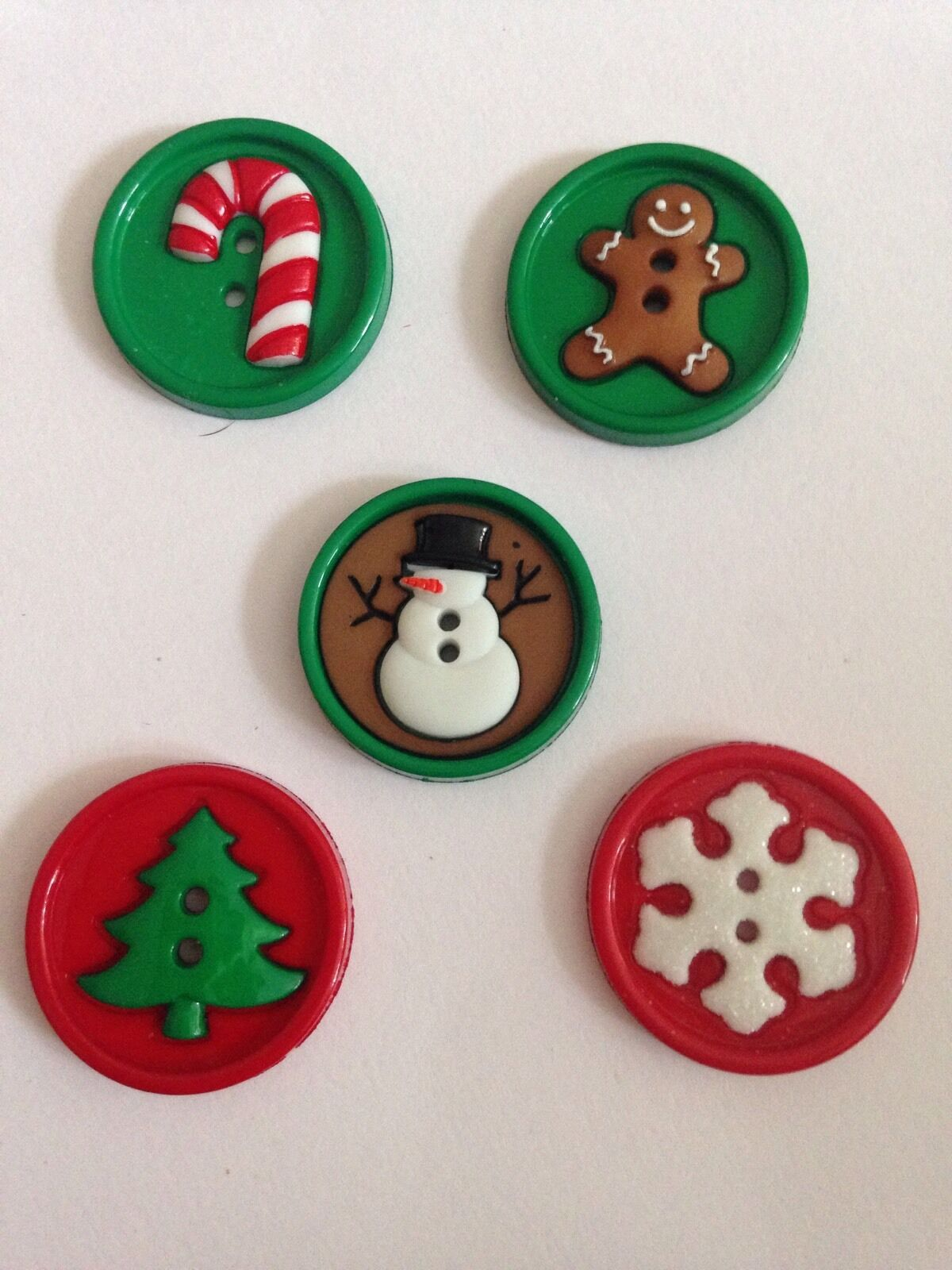 DRESS IT UP BUTTONS ~ SEW FUN CHRISTMAS ~ SNOWMAN ~ TREE ~ CANE ~ SNOWFLAKE
