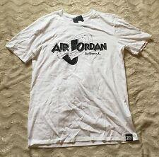 Nike Men's Air Jordan 11 Rings T-Shirt. SpaceJam 20th Anniversary (UK Medium)