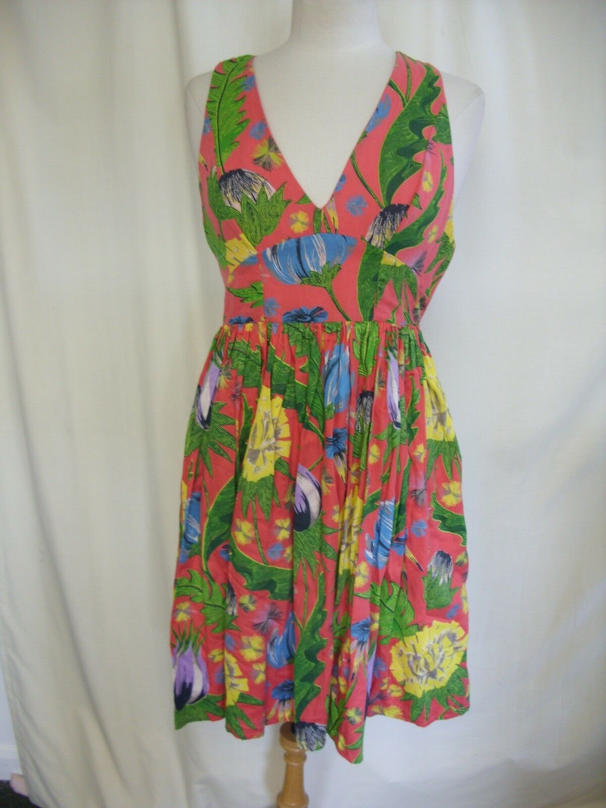 Ladies Dress French Connection coral, floral linen blend, length 38 , 2269