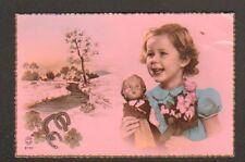JEUX D'ENFANT , FILLETTE & POUPEE - BAIGNEUR en 1957