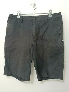 DC-Shoes-Mens-Shorts-Size-32-Black-Fine-Striped-Surf-Skate-Brand-Casual