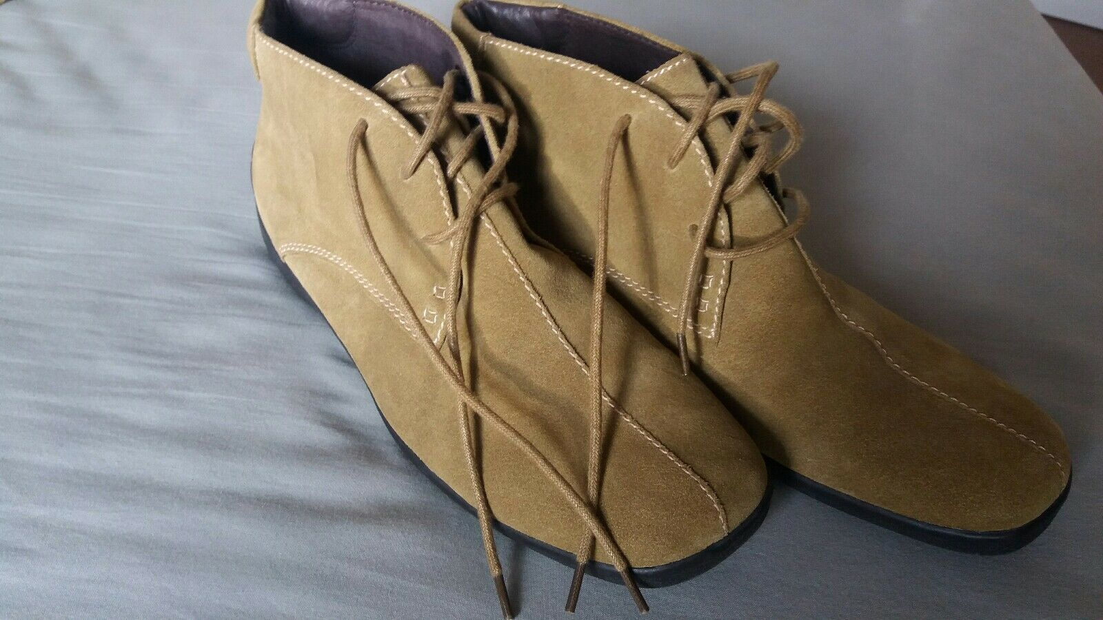 AEROSOLES SUEDE WALKING CASUAL BOOTS SIZE 7