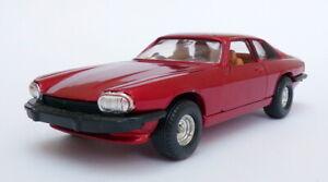 Corgi-13cm-Largo-Vintage-Diecast-CG55-Jaguar-Xjs-Rojo