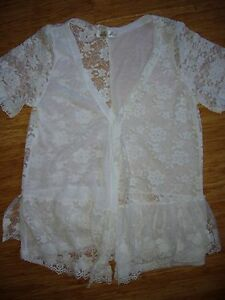 BRAND-NEW-WHITE-LACE-CARDIGAN