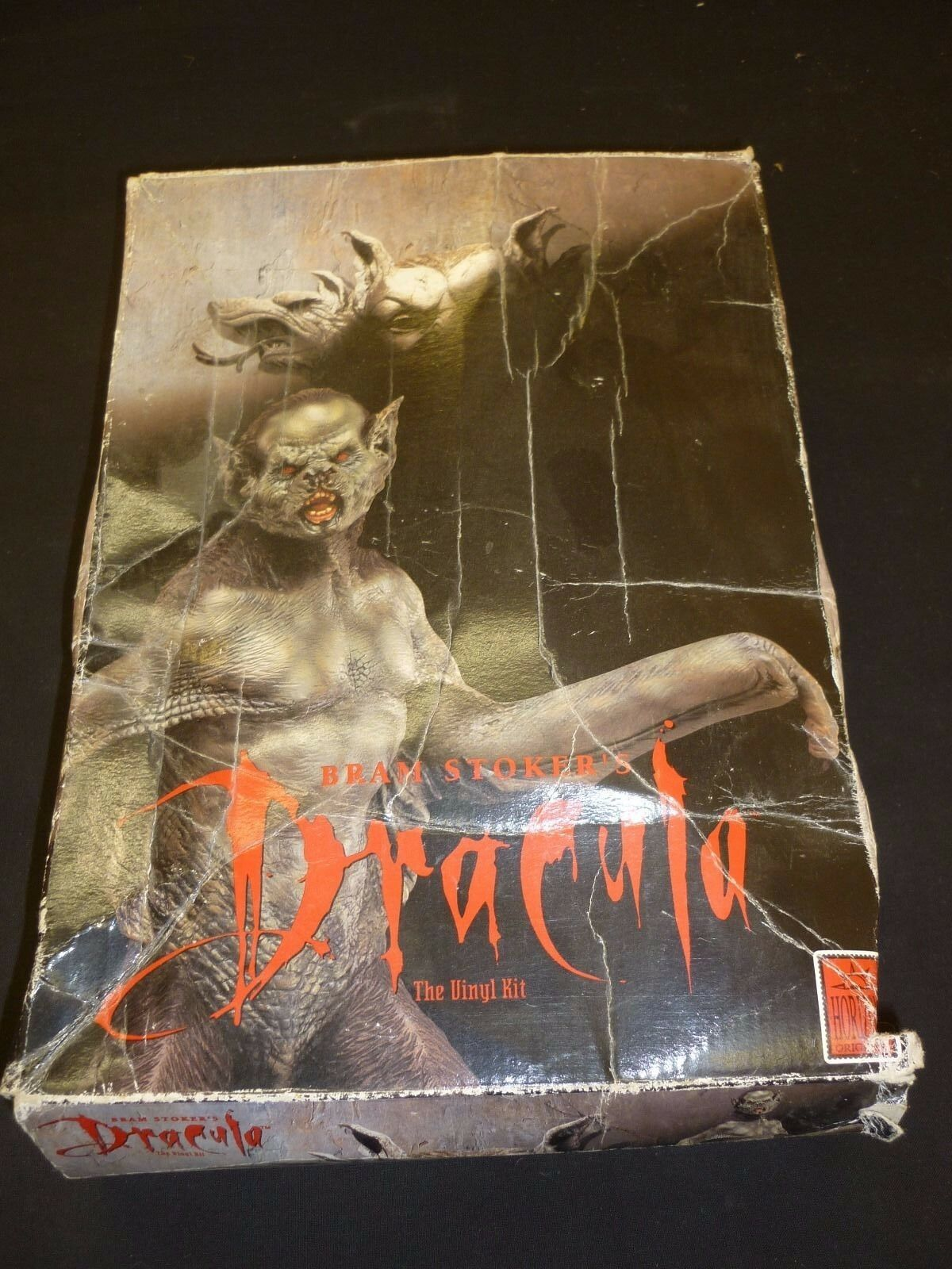 A Horizon vinyl kit of the Dracula Bat version, bulit    boxed