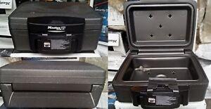 MASTER-LOCK-H0100EURHRO-Geldkassette-Safe-Auto-Sicherheitskassette-Tresor
