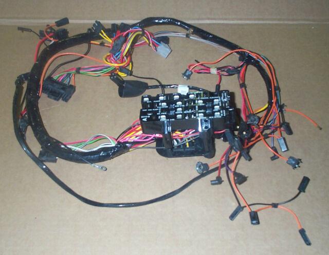 jeep cj oem dash wiring harness u003e fits cj5 cj6 cj7 u003e oem nos ebay rh ebay com wiring harness for 1979 jeep cj7 centech wiring harness jeep cj7