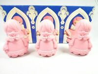 Avon 3 Little Choir Boys Special Occasion Fragranced Hostess Soaps Nwb