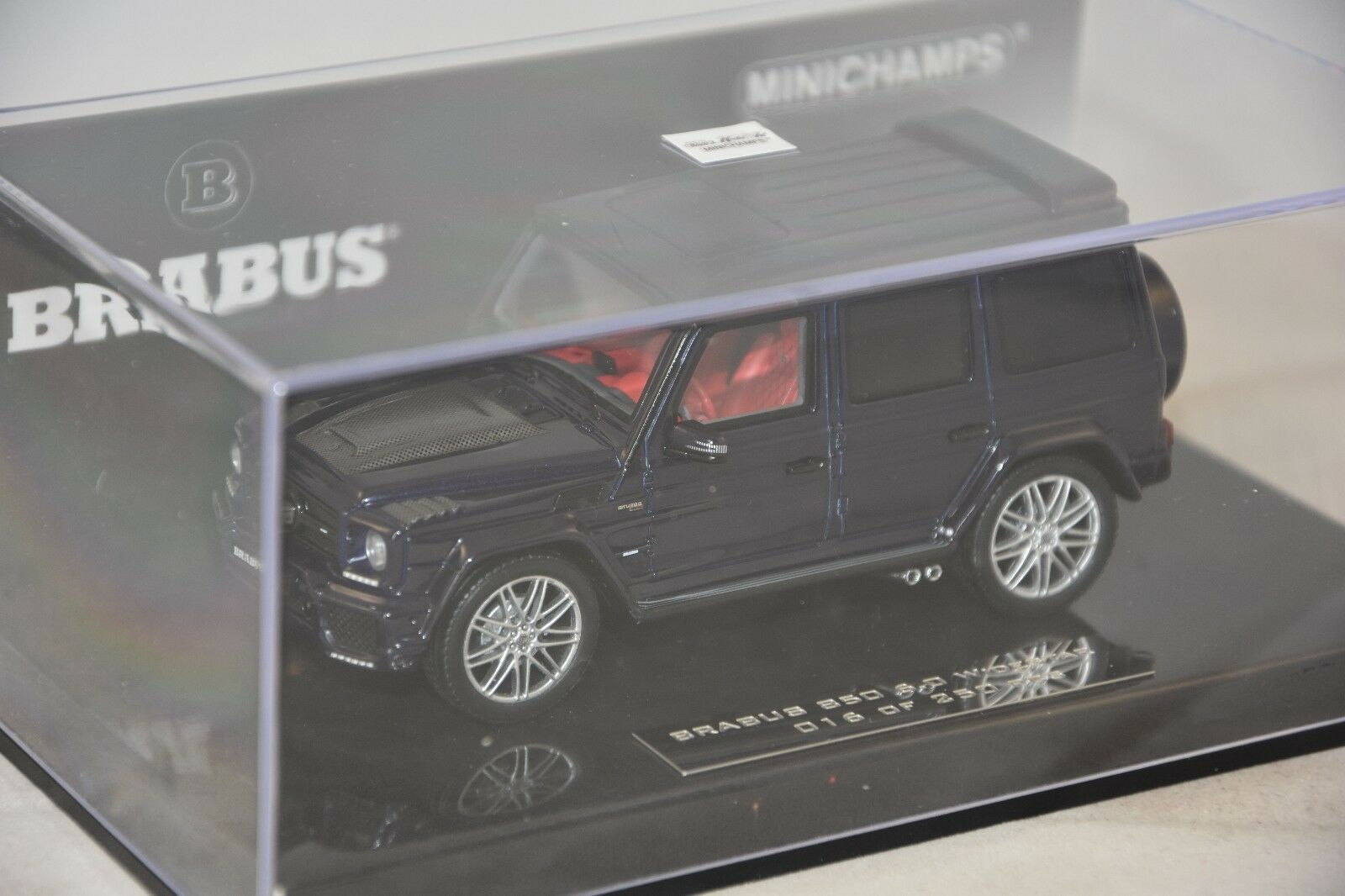 Minichamps - BRABUS 850 6.0 BITURBO WIDESTAR AUF BASIS AMG G63 2016 blu1 43