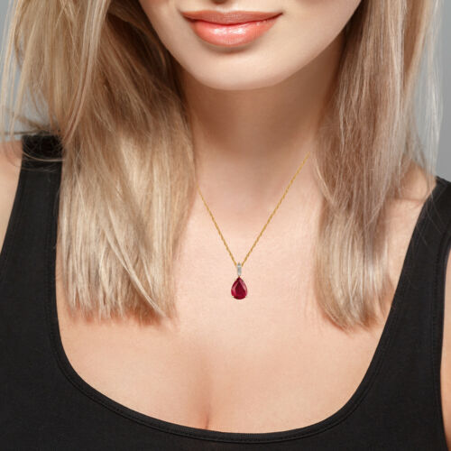 10k Or Jaune Véritable Pear-forme Rubis et Diamant Larme Collier Pendentif