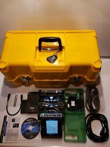 Fujikura 19S Fusion Splicer Kit with CT-30 Cleaver